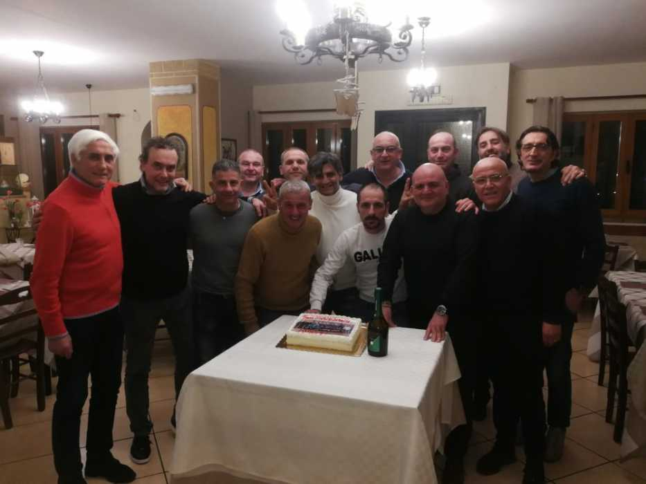 Ex calciatori si rincontrano dopo trent'anni