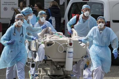 Coronavirus, Francia: 541 morti in un giorno