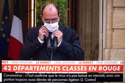 """Covid, Bassetti: """"Francesi ci copiano e lo fanno male"""""""