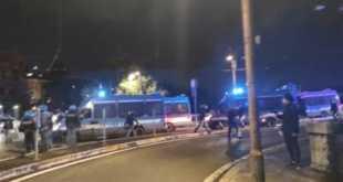 Roma, corteo anti-coprifuoco: caos in centro